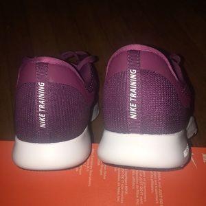 Nike Shoes - Nike Flex Trainers 7 purple tennis shoes